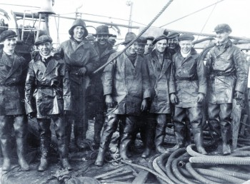 Salvage team © Orkney Library and Archive